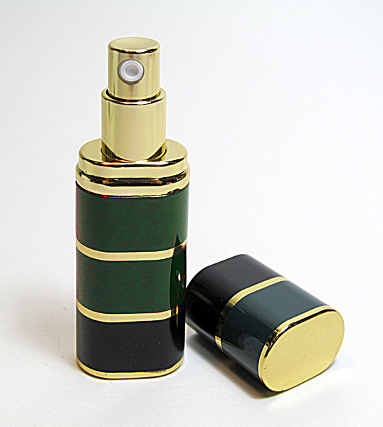 Traveling size perfume atomizer