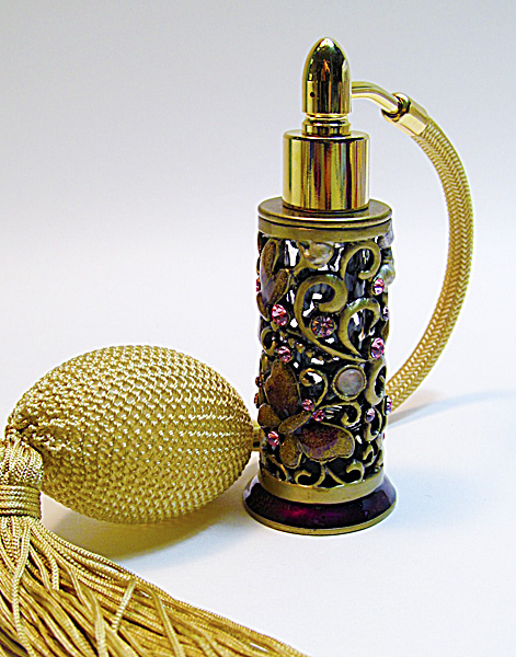 Antique perfume atomizer bottle