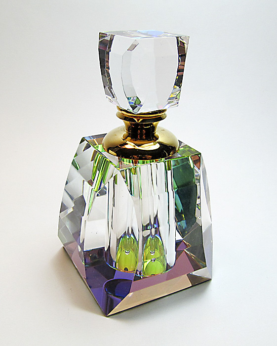 Lead crystal perfume bottle
